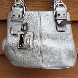 Tignanello silver textured leather tote tote purse
